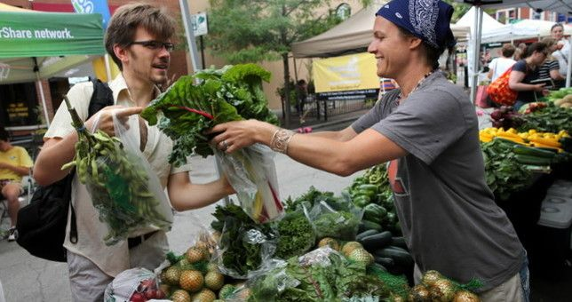 Chicago has TONS of farmers markets happening in the city & suburbs. Here's the list: http://chicago.metromix.com/stories/3077-chicago-land-farmers-market-guide