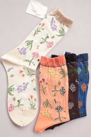 ANTIPAST アンティパスト WONDERFUL FLOWERS ソックス ($3.00) - Svpply