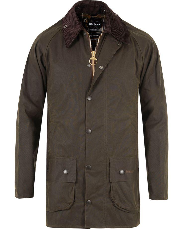 Barbour Lifestyle Classic Beaufort Jacket Olive i gruppen Design A / Jakker hos Care of Carl (10004211r)