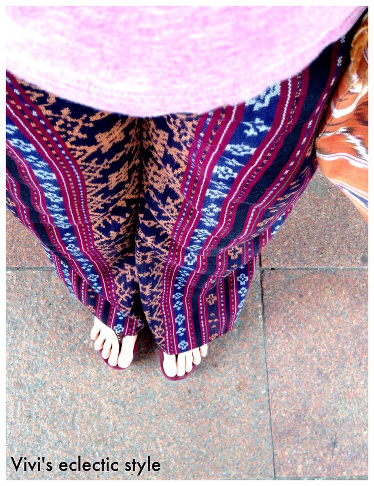 My eclectic style: wearing my Maumere handwoven cloth, NTT, Indonesia. Copyrights Vivi Kembang Tanjoeng