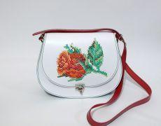 Tolba piele naturala cusuta manual pe capac cu motiv floral