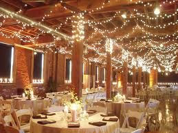 How to Decorate Your Wedding Venue