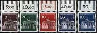 Frankies Briefmarken Tauschseite für all jene Briefmarkensammler die lieber Briefmarken Tauschen statt Kaufen. Webseite mit vielen Infos und Bildern von und über Briefmarken, kostenlose Eintragung in Tauschadressenliste, Hilfe bei der Katalogbestimmung von deutschen Briefmarken, Briefmarkenweblinks, Fehlliste zum Download und Link und Bannertauschmöglichkeit.Weiterhin gibt es auch eine private Ecke mit Bildergalerien, Politik und einer Witzseite.