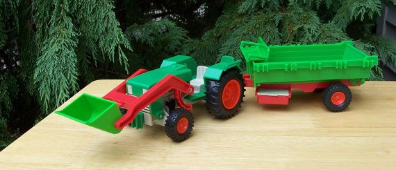 Playmobil Tractor and Wagon 1977 Geobra by ToysFromTheAttic