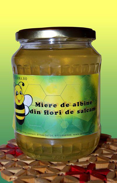 Mierea de salcam este mierea obtinuta din polenul florilor de salcam.