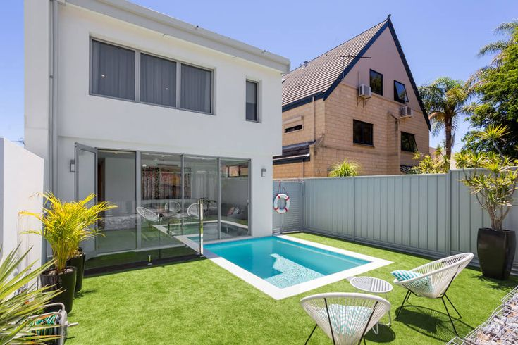 1151 best images about small backyards on pinterest for Pool design eltham