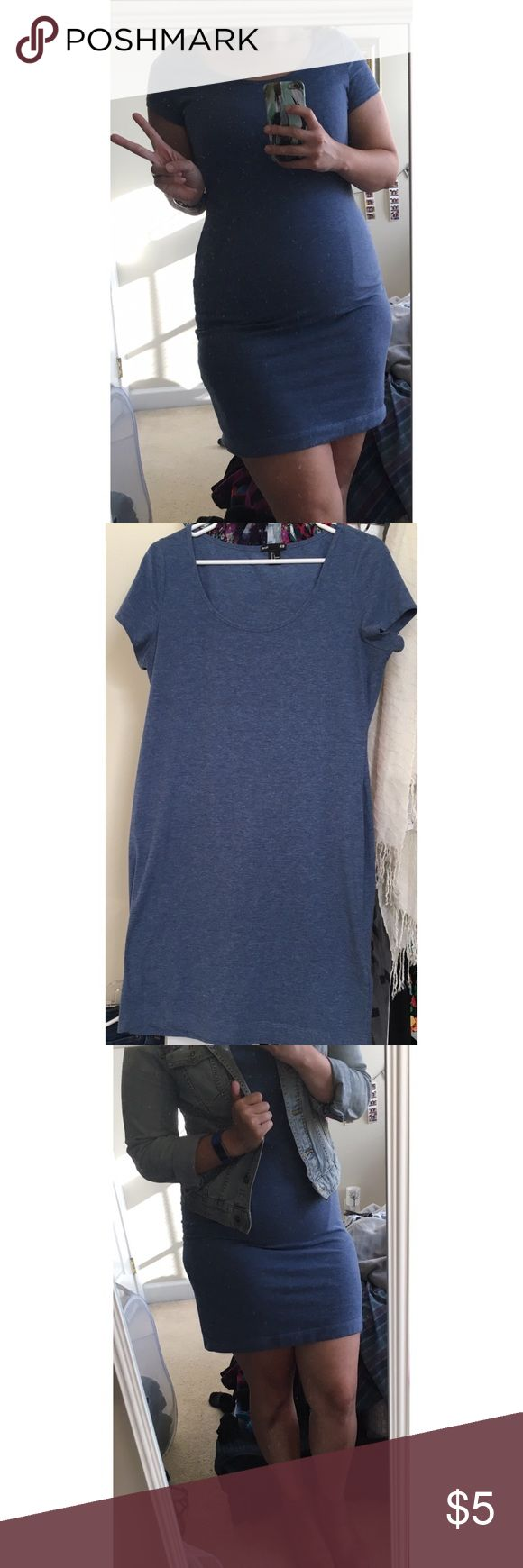 H&M Basic T-Shirt Dress (body con, very fitted) Fitted t-shirt dress, very comfy, light material but not thin. Grayish blue color. H&M Dresses