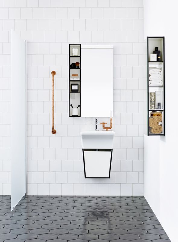 Minimal Aspen bathrooms - via Coco Lapine Design