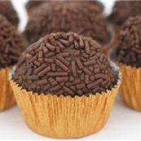 What could be wrong with little balls of chocolate. I want to roll them in nuts,sprinkles,and coconut. ;P
