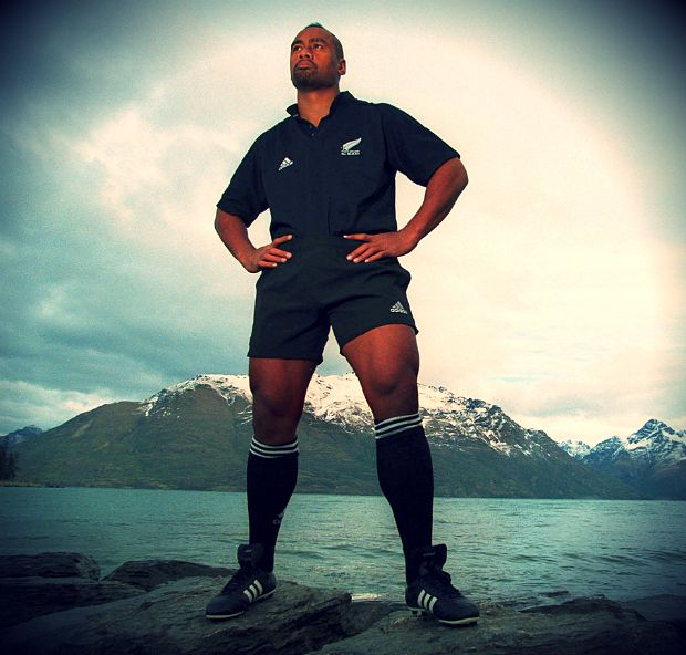 Jonah Lomu dies of heart attack, aged 40: follow latest as tributes paid to New Zealand rugby great - Telegraph