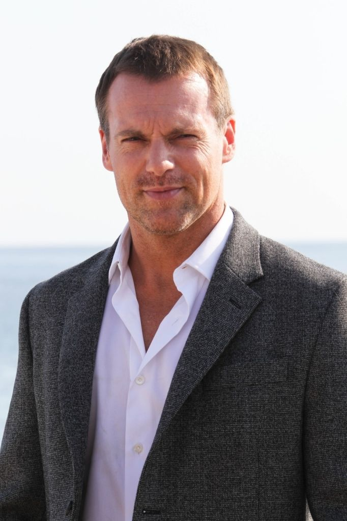 shanks guys Shanks has also starred in the fox comedy the good guys as the pompous leader of the wikimedia commons has media related to michael shanks michael shanks.