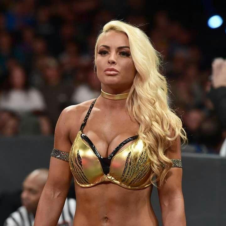 Wwe diva nikki bella naked showing big boobs and ass