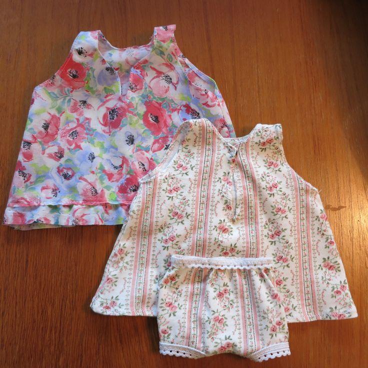 Nukenvaatteita. Doll's clothes.