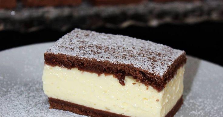 Mennyei Pudingos-tejfölös szelet recept! Ez a sütemény egyszerűen elkészíthető, aránylag olcsóbbnak mondható, és szerintem még az ünnepi asztalon is megállja a helyét.