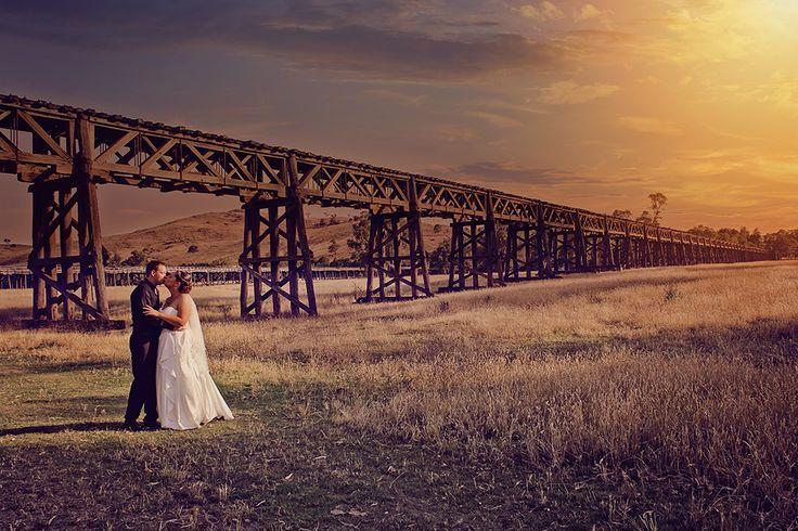 Mid Afternoon Sunset, Gundagai NSW #weddingphotography #gundagaiweddingphotographer #gundagaiweddings #weddingphotographygundagai
