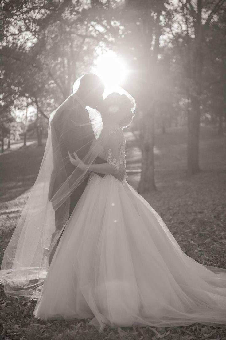 Fairytale Wedding on Watts Bar Lake   Knoxville, TN