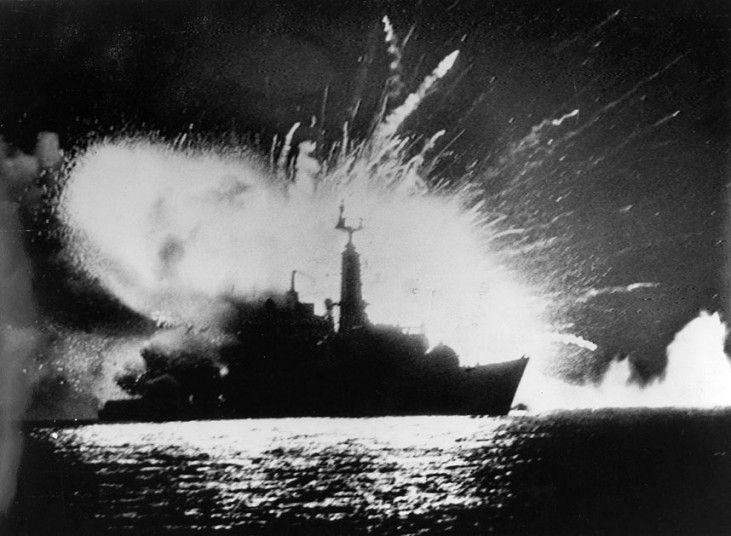 Iconic war photographs - Telegraph