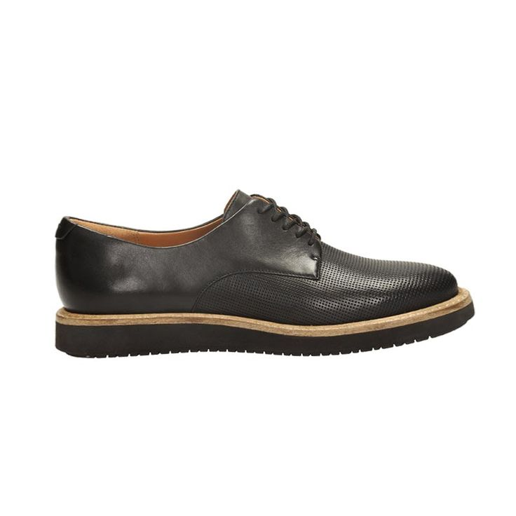 Glick Darby by Clarks Black leather  € 100