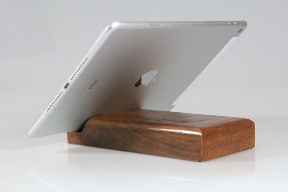 iPad stand / iPhone stand / Samsung stand / by VenaturArtistica