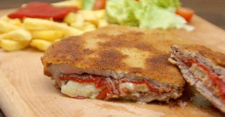 Si nunca has tenido el placer de probar el típico cachopo asturiano, estás de suerte porque te da la receta con todo detalle nuestra amiga de SALTANDO LA DIETA.
