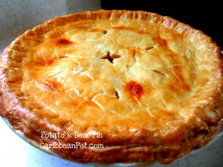 Beef pie with home made pie crust and leftover roast beef from dinner  a few nights ago.