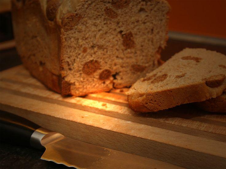 Een lekker recept voor pepernotenbrood voor in de broodbakmachine. Ook te maken met speculaas, oreo- of bastogenkoeken.