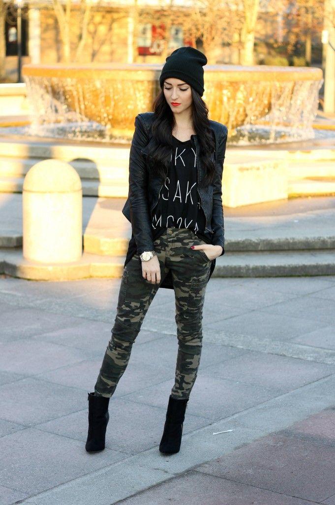 fashion/ fall style/ camo pants/ leather jacket/ beanie/ fashion blog