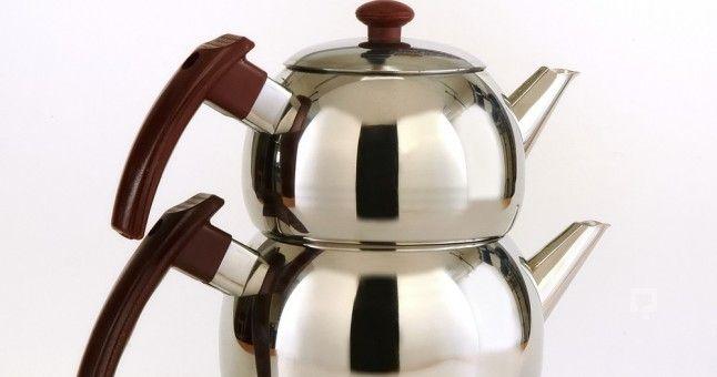 Türk milleti olarak çay, kahvaltılarımızın ve yemek sonrası keyiflerimizin olmazsa olmazları arasındadır. Belki de kimilerimiz için dünyanın en güzel içeceği çay, en güzel icadı da