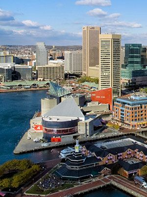 Find out all the essentials for visiting the beautiful city of Baltimore, Maryland! #travel #tips