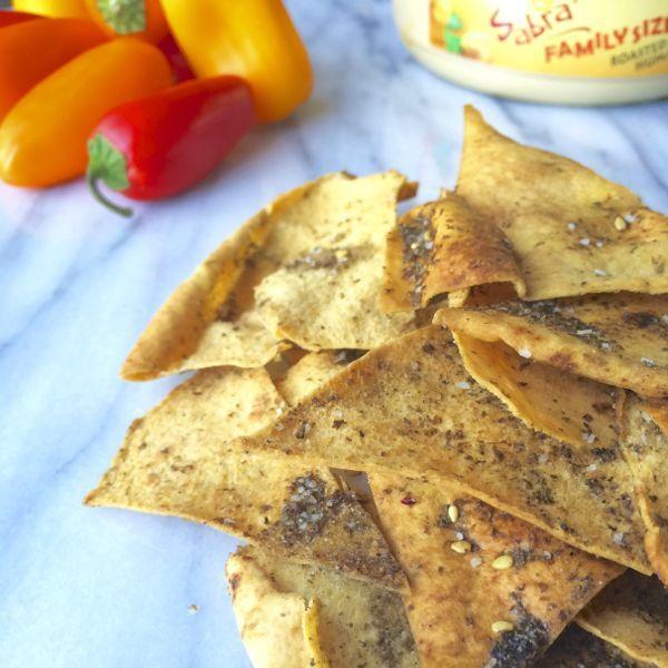 Baked Pita Chips with Za'atar via @thelemonbowl