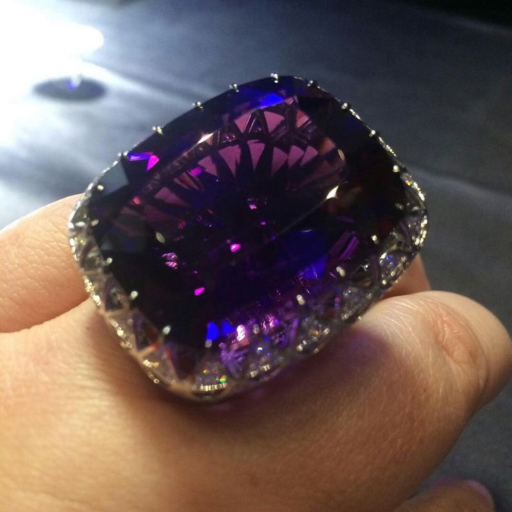 @twentyonejewels. An amethyst and diamond ring, by Maxim V. #maximvoznesensky