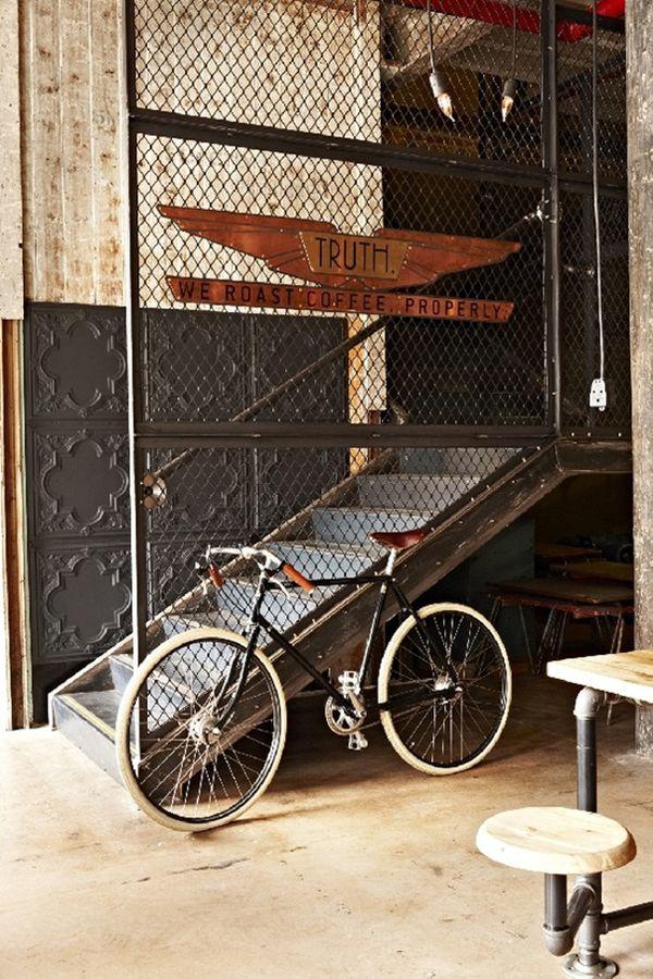 Truth #design #interiores #decoracion #bici #industrial #escaleras #casa #oficina