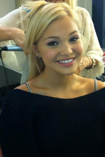Dis411 Olivia Holt Having A Photo Shoot With Bop And Tiger Beat September 10, 2013