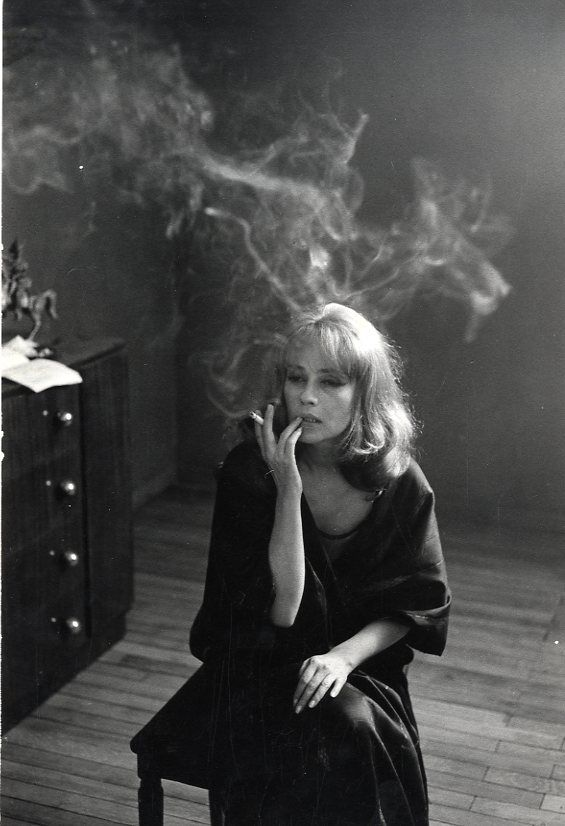 Jeanne Moreau (born: January 23, 1928, Paris, France) is a French actress, singer, screenwriter and director.