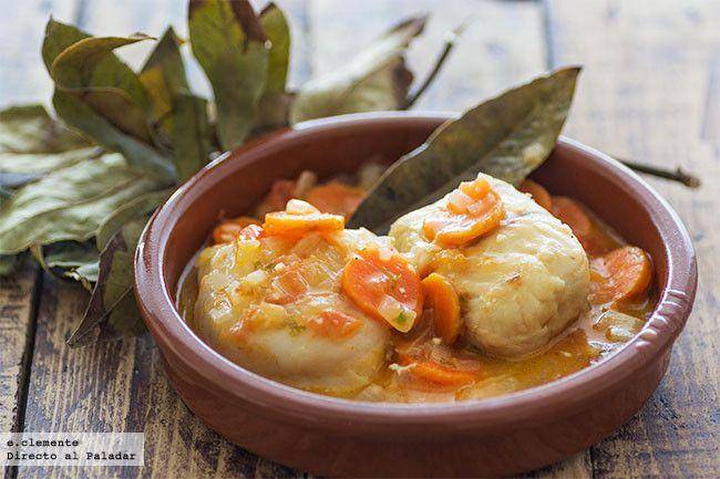 Filetes de merluza en salsa de zanahoria. Receta con fotos del paso a paso y sugerencias de presentación. Trucos y consejos de elaboración. Recet...
