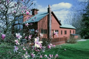 Springtime in Stockbridge! Beautiful time of year at Norman Rockwell Museum.     Photo ©Norman Rockwell Museum. All rights reserved.: Rockwell, Favorite Places, House Ideas, Norman, England Adventure, Favorite Pictures, Artists Museums, Candies House, Beautiful Time