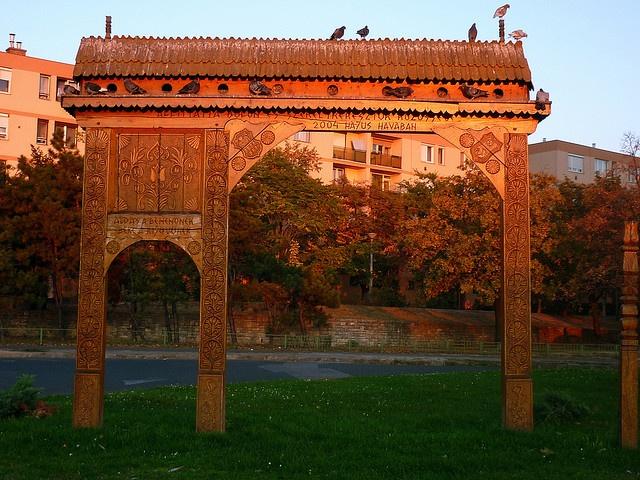 Traditional Szekely gate from Transylvania  Székely kapu Erzsébeten, via Flickr.