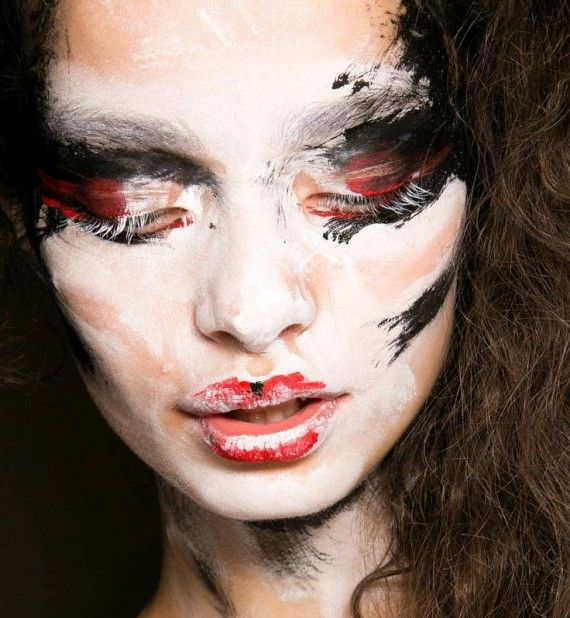 "Makeup created by Val Garland. Hair by Sam McKnight. Vivienne Westwood Red Label Spring - Summer 2014 . Concept - ""like an animal trapped in the headlights, trying to flee and trapped"""