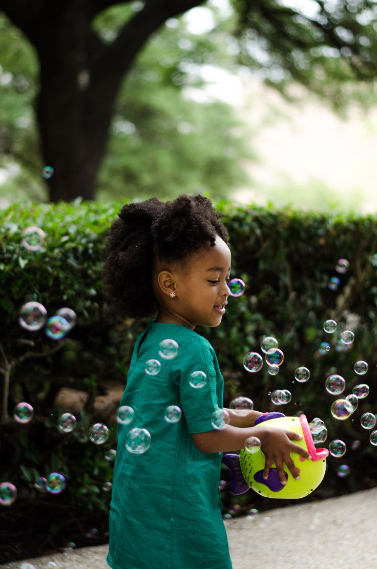Toddler Photography Ideas #bubbles #gorgeous #outdoors