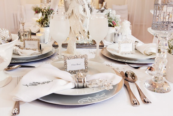 Crystal Elegance #Holiday Table Setting