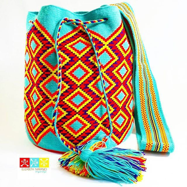 Mochila #wayuu #Eliwayuubags  #Compracolombiano #arte #tradicion & #color  #momentos #magia  #gift #love #trends #ethnic  #craft #crochet #etsy #summer #instamode #fashion #adiction #entrepreneur #Colombia #Usa #México #Brasil #Francia #China Eli Whatsapp:  3006388348