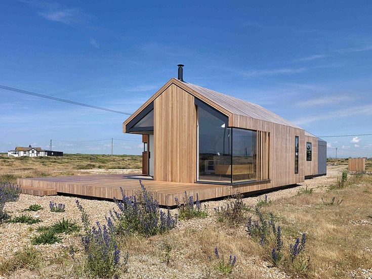 Pobble House by Guy Hollaway Architects - http://designyoutrust.com/2014/09/pobble-house-by-guy-hollaway-architects/