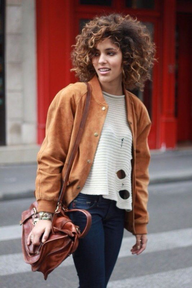 40 Best Short Hairstyles For Long Faces 2019 40 Best Short Hairstyles For Long Faces 2018 – Fashiondioxide Related Short Wavy Hair for Women Short Natural Curly Hair, Curly Hair Cuts, Natural Curls, Wavy Hair, Short Hair Cuts, Curly Hair Styles, Natural Hair Styles, Kinky Hair, Short Curls