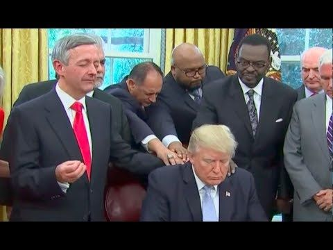 WATCH: Donald Trump Hosts Meeting Of Religious Leaders And Calls On Them To All Praise Him For His Harvey Response