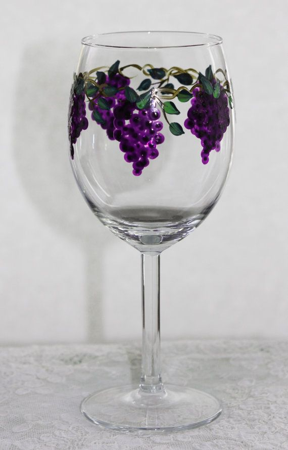 25 best ideas about hand painted wine glasses on pinterest painted wine glasses wine glasses. Black Bedroom Furniture Sets. Home Design Ideas