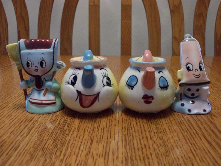 Lot Vintage Anthropomorphic PY Toothpaste Dustpan Teapot Salt And Pepper Shakers