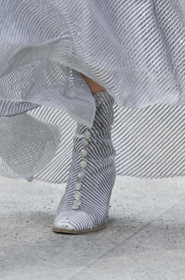 solangeop:  Chanel Haute Couture FW 2013