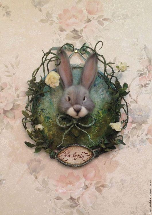 Interior wool panel / Животные ручной работы. Ярмарка Мастеров - ручная работа. Купить Панно Кролик. Handmade. Морская волна, шебби, для девушки
