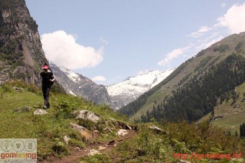 11 treks starting from Manali which range from a walk in the park to some serious trekking. A must read for the adventure/ trekking enthusiast.