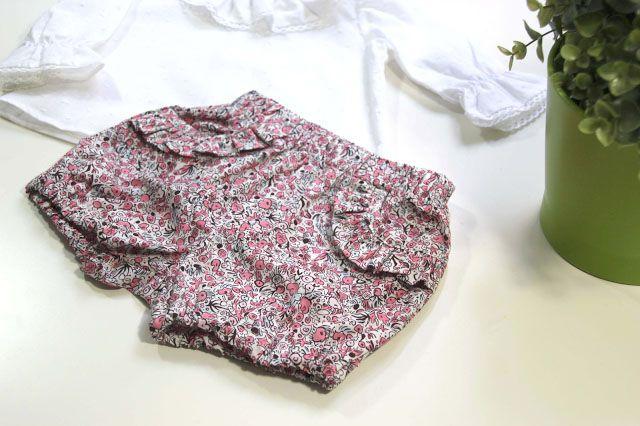DIY Cómo hacer pantalones de bebe (patrones gratis) | | Oh, Mother Mine DIY!!